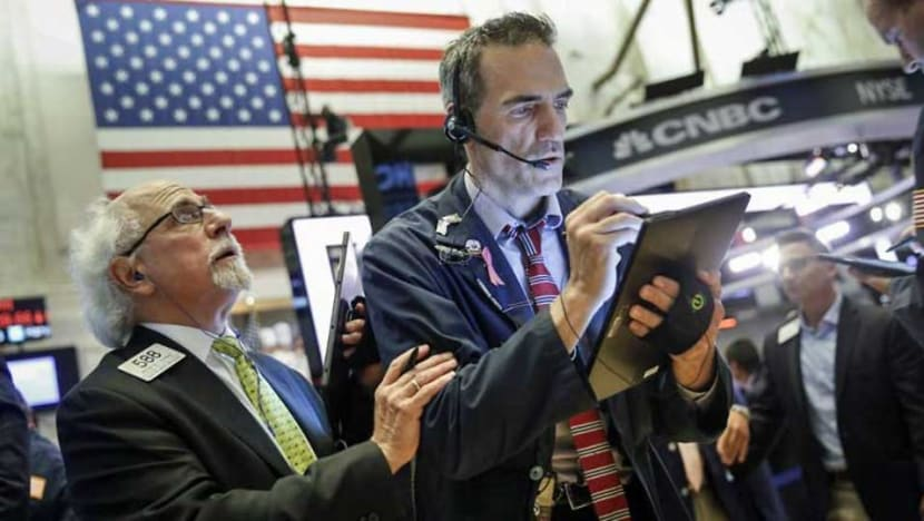 US stocks end quiet session mostly lower