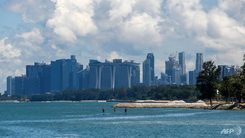 Singapore's core inflation declines 0.2% year-on-year in June