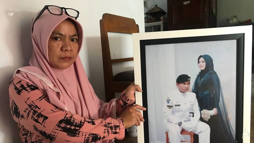 'We can only pray', says mother-in-law of sailor on missing Indonesian submarine