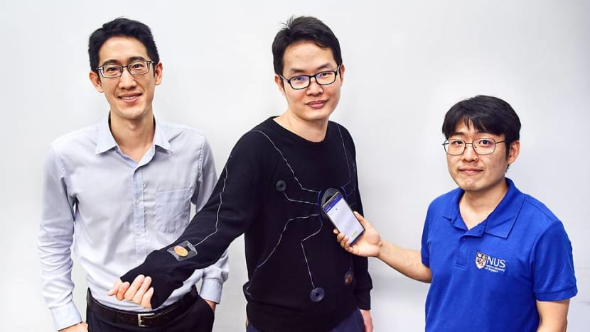NUS researchers develop smart suit for athletes powered by a mobile phone
