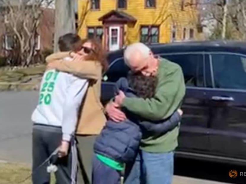 At US seders, vaccinations mean 'hugging is definitely on the menu'
