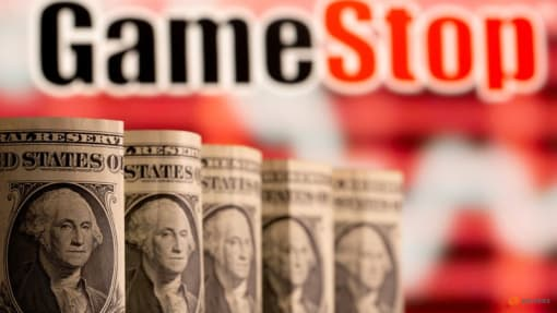 US SEC praises equity market structure, absolves short sellers in GameStop report