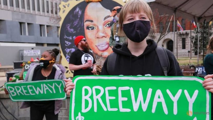 Demonstrators call for justice, reforms a year after Breonna Taylor's death in Kentucky