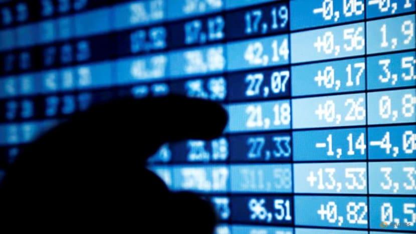 Global investors chase safer money market, bond funds on virus woes - Lipper