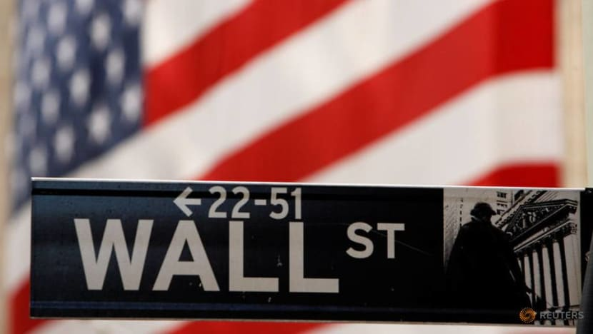 US stocks gain for third straight session