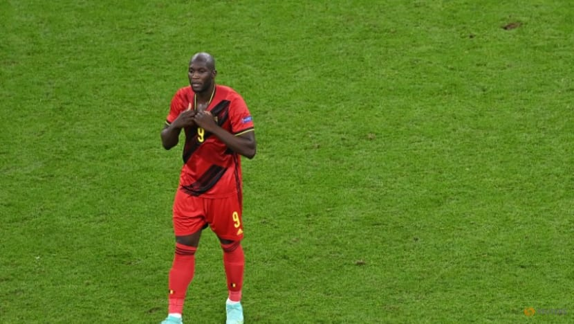 Football: Chelsea reportedly agree club record deal to re-sign Lukaku