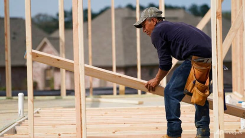 US home construction falls a surprise 9.5% in April