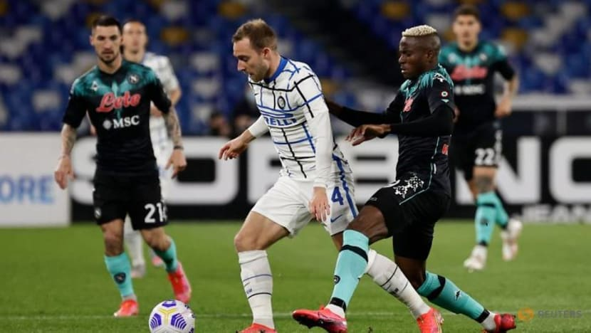 Football: Eriksen earns Serie A leaders Inter point at Napoli