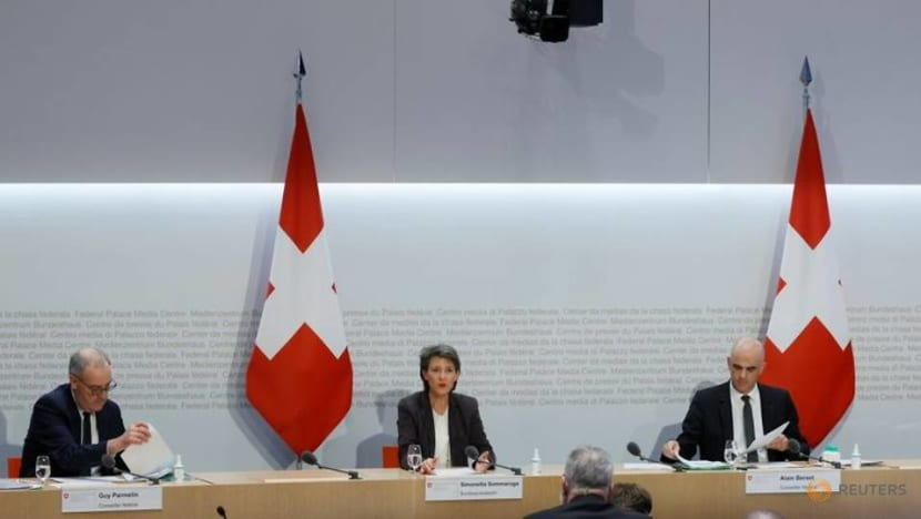 Switzerland adopts 'lockdown light', urges people to stay home