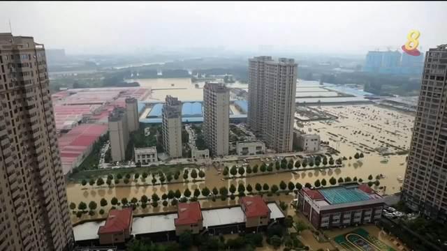 河南省特大暴雨持续 郑州死亡人数升至33人