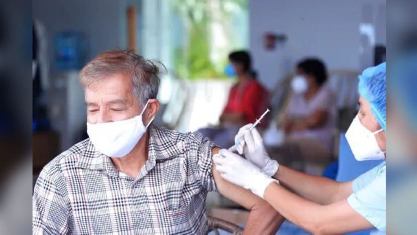 Vietnam speeds up Hanoi COVID-19 vaccine drive; more than 1 million jabs administered over weekend