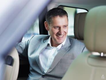 Meet the British MD of Jaguar Land Rover, who speaks Korean