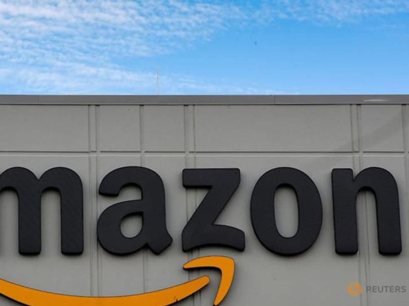 Amazon scoops up exclusive rights to celebrity podcast 'SmartLess'