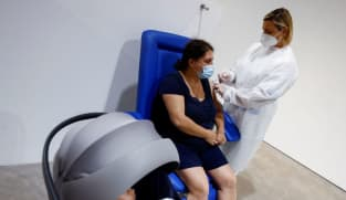 Italy backs COVID-19 shots for pregnant women from second trimester