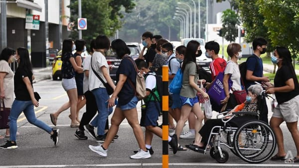 Singapore's daily COVID-19 cases likely to hit 1,000 soon: Ong Ye Kung