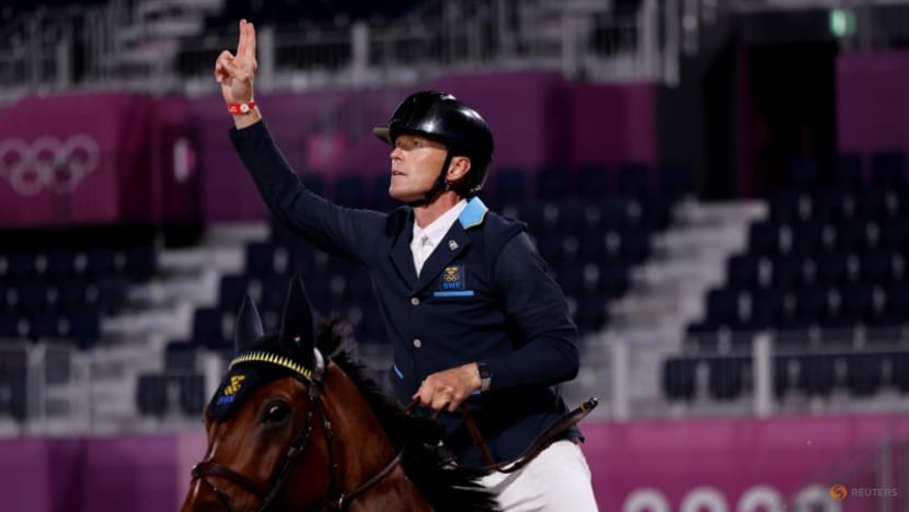 Olympics-Equestrian-Sweden take team show jumping gold in thrilling jump-off