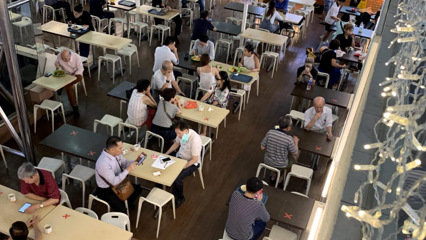 Dining in while unvaccinated: Negative COVID-19 result a must unless eating at hawker centres, coffee shops
