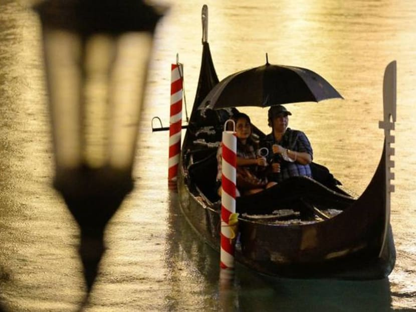 Movie by gondola: Philippine cinema offers Venice-themed pandemic escape