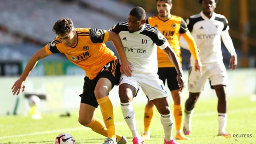 Fulham rooted to the bottom after defeat at Wolves