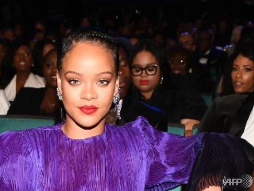 Singer Rihanna suffers black eye, bruising on face after e-scooter accident