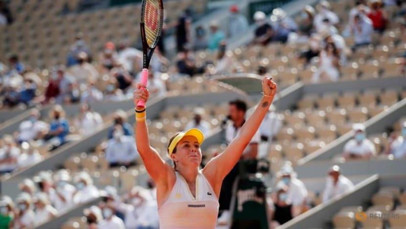 Tennis-Pavlyunchenkova outlasts Rybakina in Paris to reach first Grand Slam semi-final