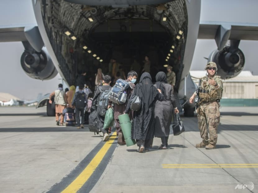 Afghans race to flee Taliban after Biden confirms Aug 31 airlift deadline