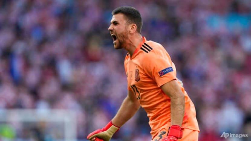 Football: Spain keeper goes from zero to hero in 5-3 win over Croatia