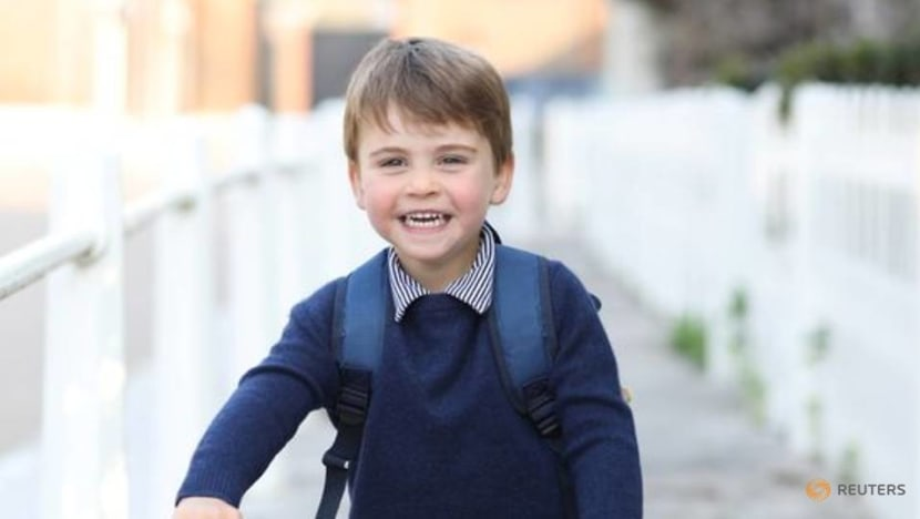 Prince William and Kate share new picture of son Louis for 3rd birthday