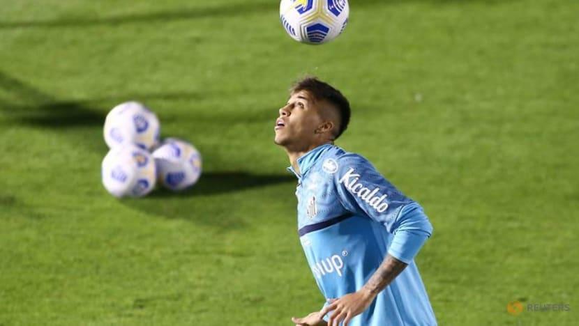 Football: Juventus sign Santos teenager Kaio Jorge