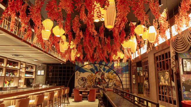 穿梭到50年代东京新宿 在花街柳巷销魂