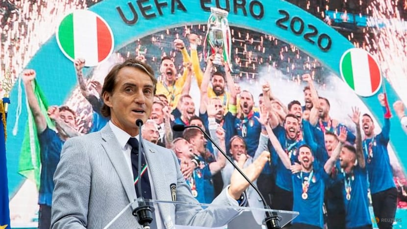Soccer - Mancini keeps faith with Euro winners for World Cup qualifiers
