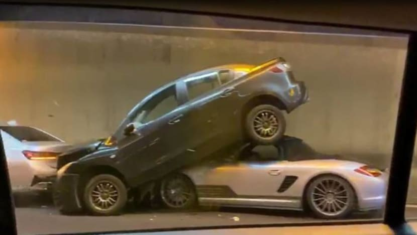 2 people taken to hospital after CTE accident involving 5 cars