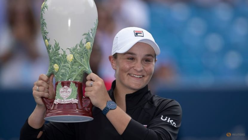 """Tennis-Barty enjoys """"awesome"""" US Open tune-up with Cincinnati win"""