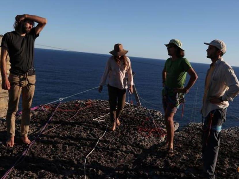 Australians head to sea cliffs for adrenalin-pumping sport