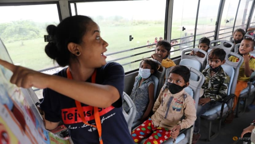 Mobile classrooms bring school to New Delhi students amid COVID-19 pandemic