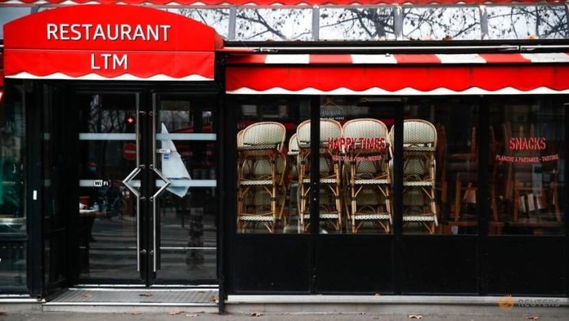 France keeps restaurants, ski resorts closed in COVID-19 battle