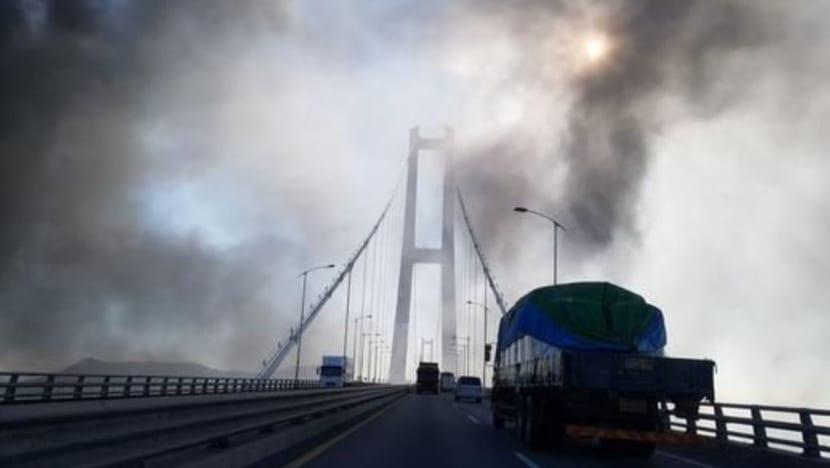Blast at POSCO steel mill in South Korea injures five