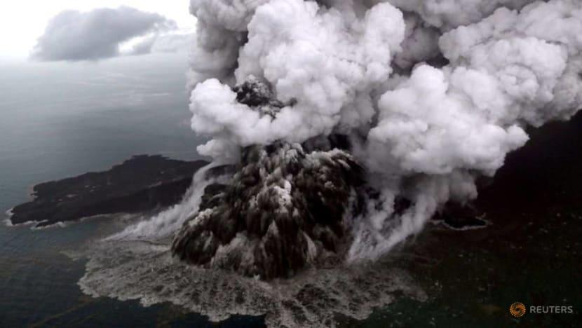 Krakatau volcano partial collapse triggered Indonesia tsunami - officials