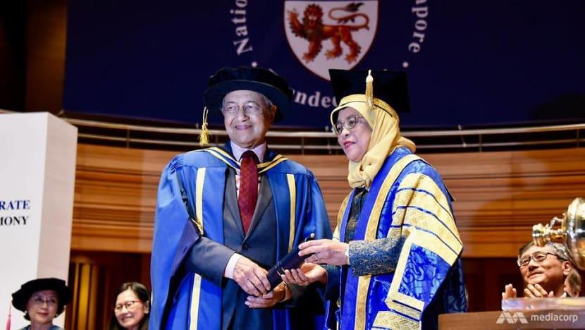 NUS confers honorary degree on Malaysia's PM Mahathir
