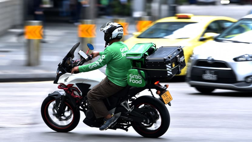Grab to increase platform fees for food, mart delivery orders