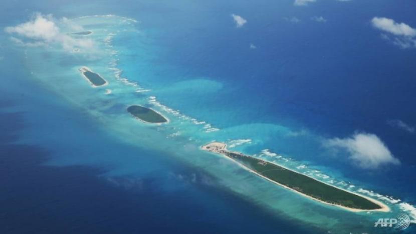 China says it 'drove away' US warship in South China Sea