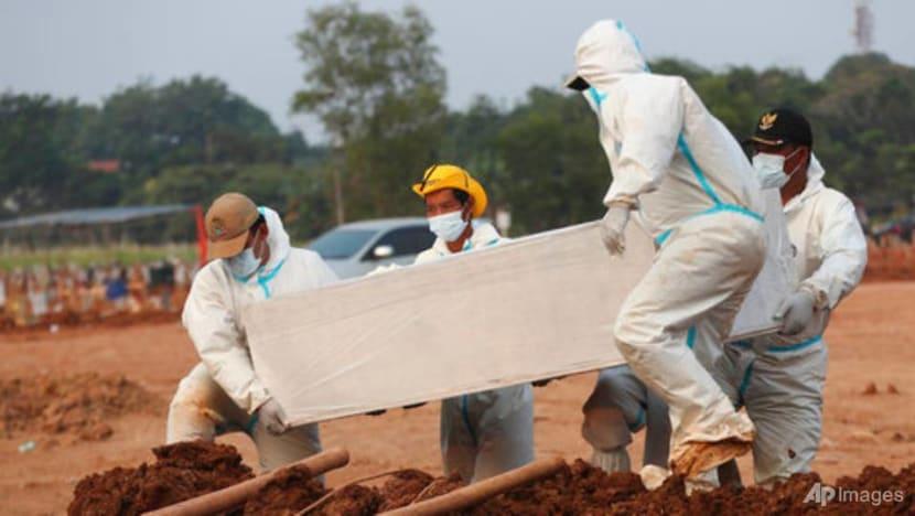 Indonesia passes grim milestone of more than 100,000 COVID-19 deaths