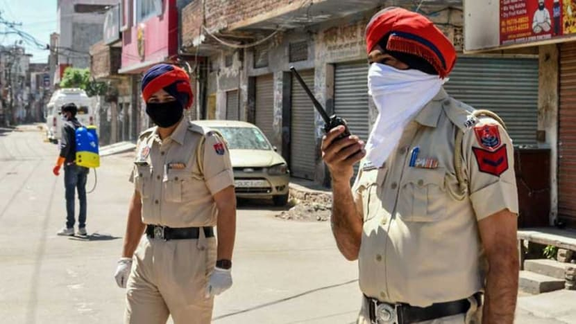 India's police shamed by rare murder probe into custodial deaths