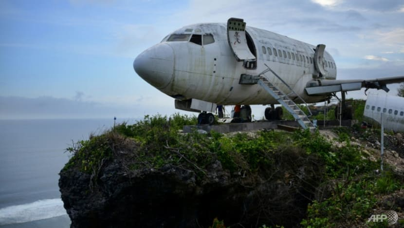 Retired passenger jet perched on Bali cliff to lure tourists