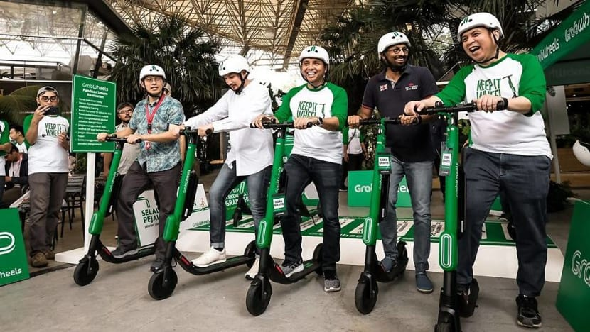 Jakarta mulls e-scooter ban from sidewalks after fatal accident