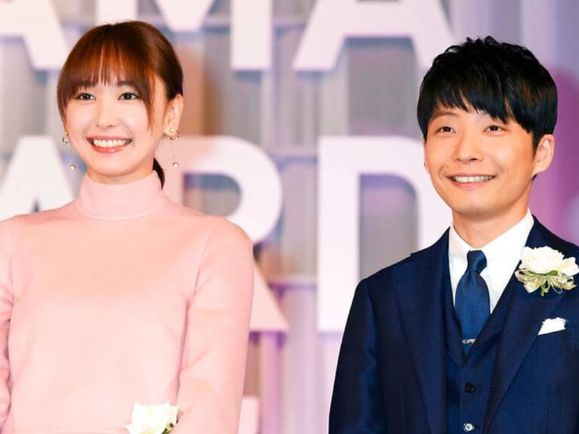 Gen Hoshino and Yui Aragaki, stars of contract marriage TV show, to wed for real
