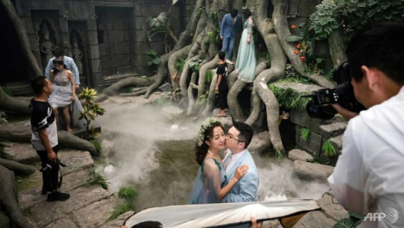 Commentary: The wild world of pre-wedding photoshoots