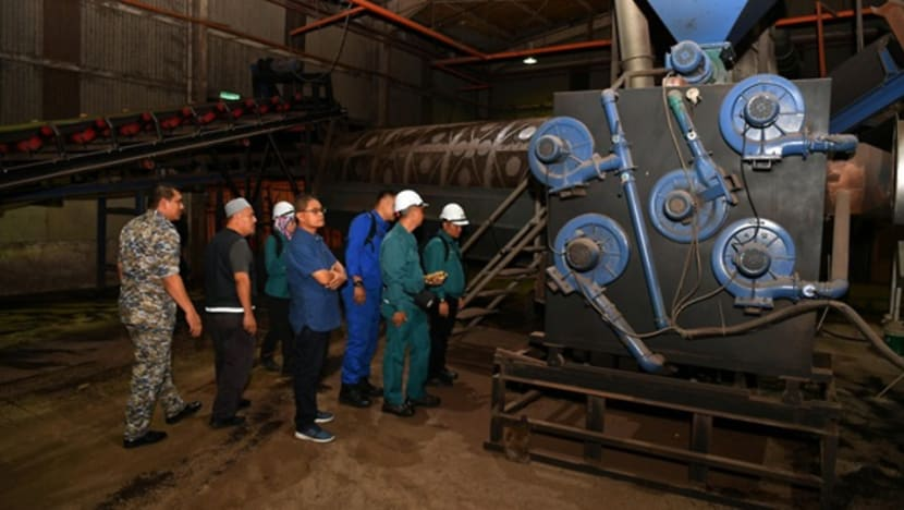Pasir Gudang factories directed to install emission data monitoring equipment
