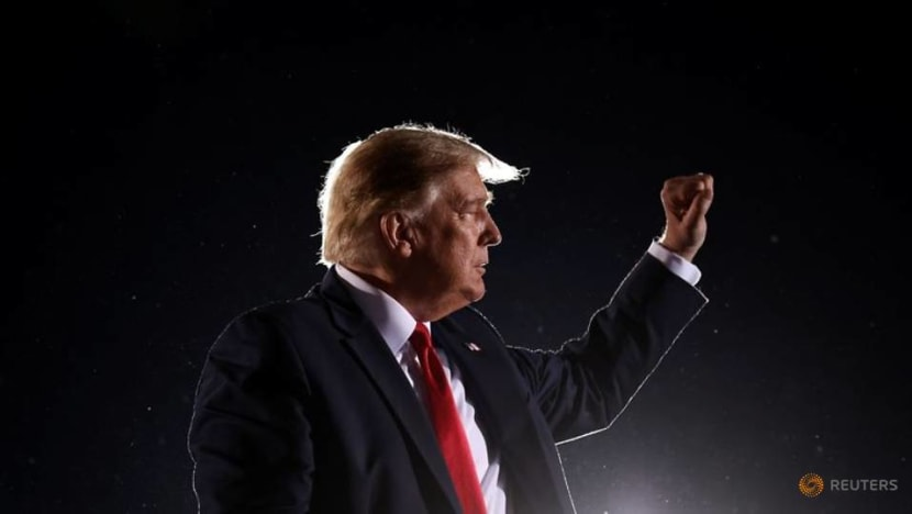 Trump heads to Michigan, Wisconsin in re-election campaign push
