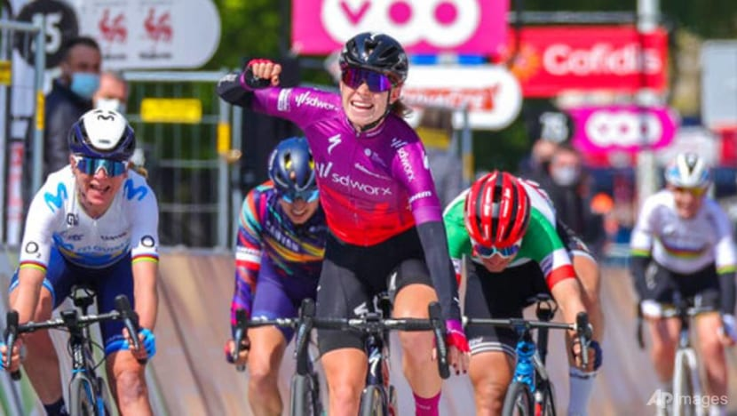 Cycling: UCI confirms women's Tour de France to return in 2022